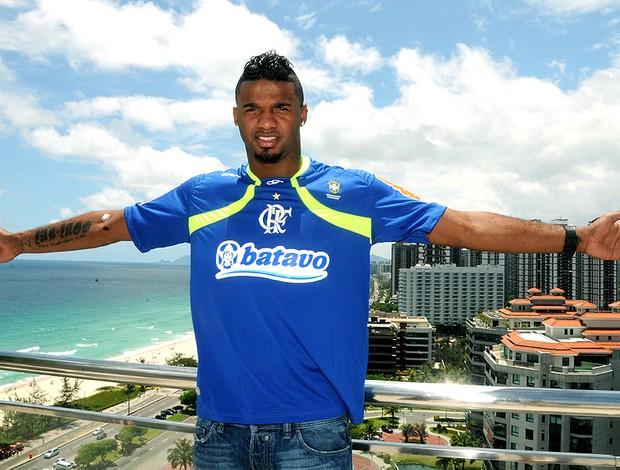 Felipe promete Flamengo tranquilo e focado na busca pelo Estadual