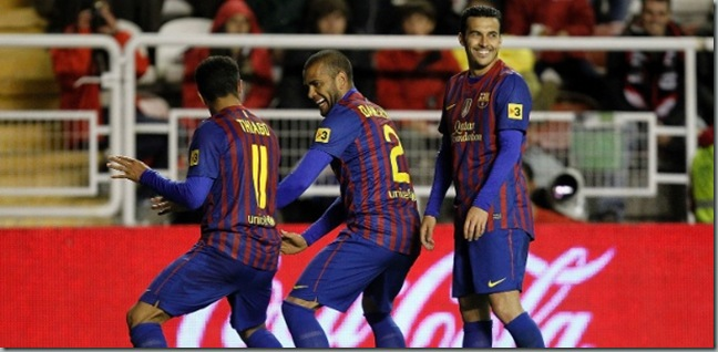 thiago-alcantara-e-daniel-alves-dancam-em-comemoracao-de-gol-do-barcelona-1335790403072_615x300