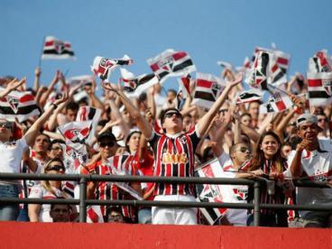 Sao-Paulo-Fluminense-torcida-640x480-RafaelNeddermeyerFotoarena