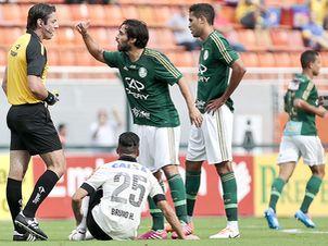 Valdivia-Corinthians-Palmeiras-Cabral-LANCEPress_LANIMA20140216_0152_24