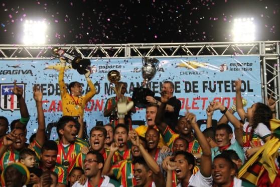 O-Sampaio-Corrêa-venceu-os-dois-turnos-do-Campeonato-Maranhense-2014-mas-isso-não-quer-dizer-nada-no-Campeonato-Brasileiro-Série-B-muito-mais-difícil-do-que-o-estadual