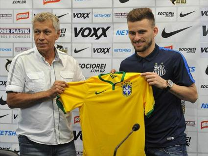 santos-lucas-lima-clodoaldo-entrega-camisa-selecao-brasileira-480-ivan-storti-divulgacao